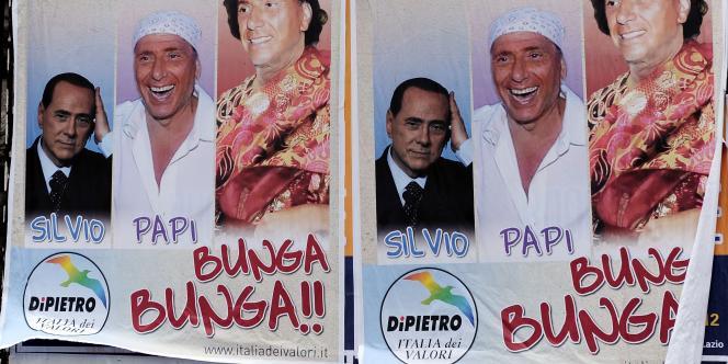 Des affiches du parti d'opposition