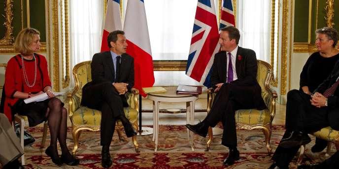 Nicolas Sarkozy et David Cameron lors du sommet franco-britannique à Londres, mardi 2 novembre.