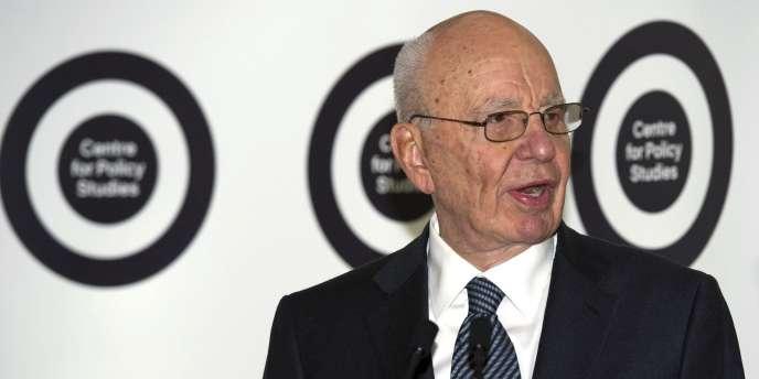 Murdoch fait montre d'un grand sens tactique. Il n'est jamais là où ses concurrents l'attendent.