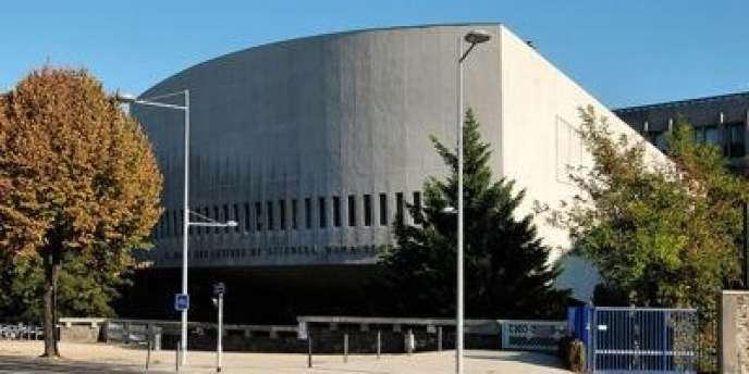 L'un des bâtiments de l'université de Clermont-Ferrand.