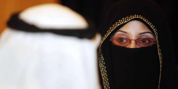 Les Saoudiennes ont obtenu le droit de vote par la volonté du roi d'Arabie saoudite, dimanche 25 septembre.