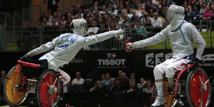 Les championnats du monde d'escrime handisport se tiennent toute la semaine à Paris.