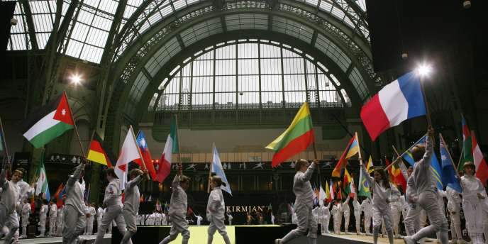 La cérémonie d'ouverture des championnats du monde d'escrime à Paris le 6 novembre.