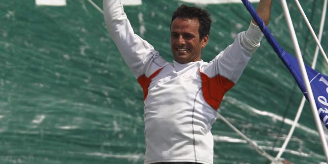 Franck Cammas, le 9 novembre lors de son arrivée à Pointe-à-Pitre, vainqueur de la Route du rhum.