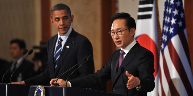 Barack Obama et Lee Myung-bak lors d'une conférence de presse à Séoul, le 11 novembre 2010.