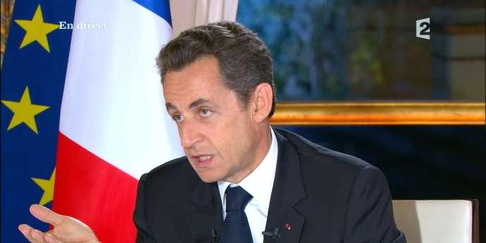 Nicolas Sarkozy lors de son entretien à la télévision, le 16 novembre 2010.