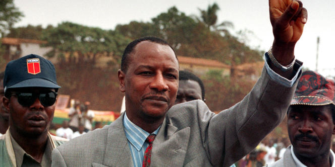 En 1991, sept ans après l'arrivée au pouvoir de Lansana Conté à Conakry, il rentre en Guinée. Mais doit se réfugier à l'ambassade du Sénégal pour éviter d'être expulsé. Après sa candidature malheureuse à la présidentielle de 1993, il défie de nouveau Lansana Conté en 1998. Accusé de fomenter un coup d'Etat, il est arrêté à la veille du scrutin et croupit en prison pendant un peu plus de deux ans.