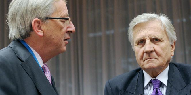 Le président de l'Eurogroupe, Jean-Claude Juncker, et le président de la Banque centrale européenne, Jean-Claude Trichet, étaient à Bruxelles avec l'ensemble des ministres des finances de la zone euro mardi.