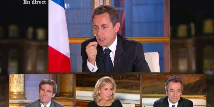 Nicolas Sarkozy lors d'un entretien télévisé le 16 novembre 2010.