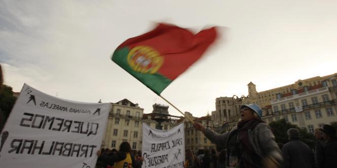 Sous assistance financière internationale depuis mai 2011, le Portugal s'est engagé à mettre en œuvre un vaste programme de rigueur et de réformes sur trois ans.