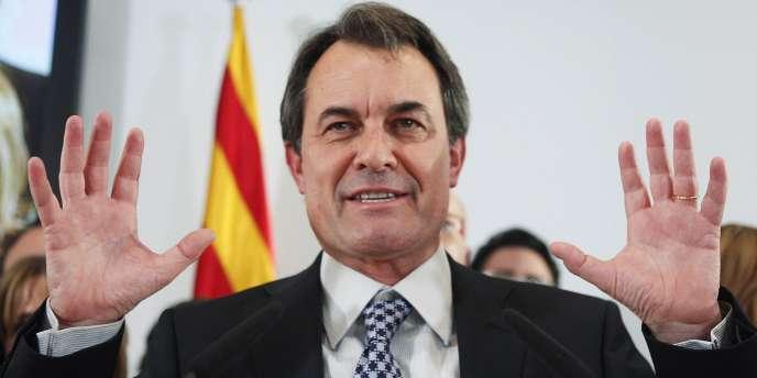Artur Mas, le président de la communauté autonome de Catalogne, a appelé à des élections anticipées dans la région le 25 novembre 2012.