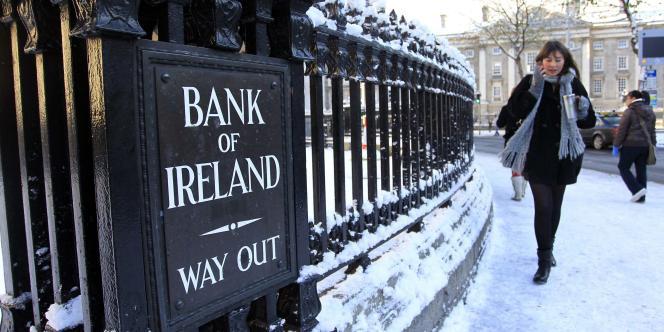 Le secteur bancaire irlandais est disproportionné par rapport à l'économie réelle et insuffisamment régulé.