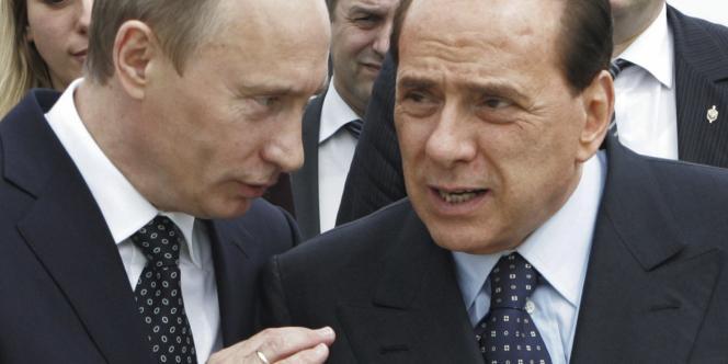 Vladimir Poutine et Silvio Berlusconi le 18 avril 2008.