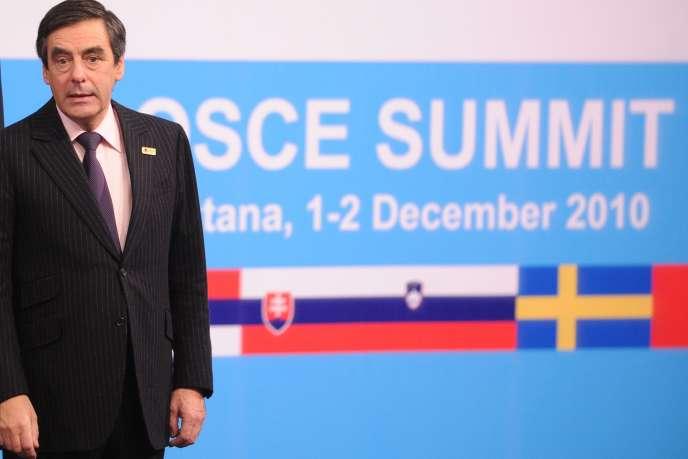 Le premier ministre François Fillon, à Astana, au Kazakhstan, le 1er décembre.