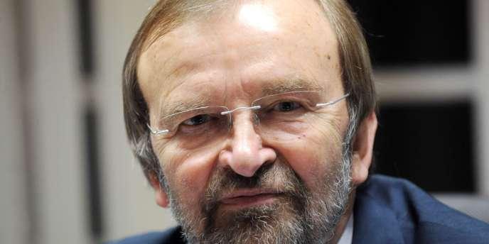 Le député (GDR) du Nord Jean-Jacques Candelier a été l'un des plus grands pourvoyeurs de questions écrites aux ministres lors de la première année du quinquennat.