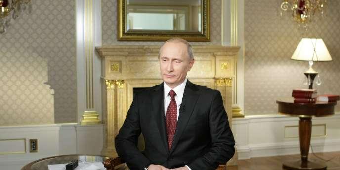 Vladimir Poutine, le 30 bovembre 2010, à Moscou, lors d'une interview accordée à CNN.