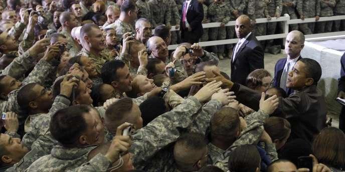 Le président des Etats-Unis effectuait vendredi une visite surprise en Afghanistan pour rencontrer des soldats américains.