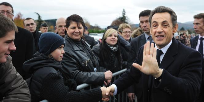 Nicolas Sarkozy au Mayet-de-Montagne, dans l'Allier, le 25 novembre.