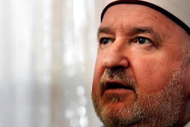 Le mufti Mustafa Ceric, chef de la communauté islamique de Bosnie, en février 2006.