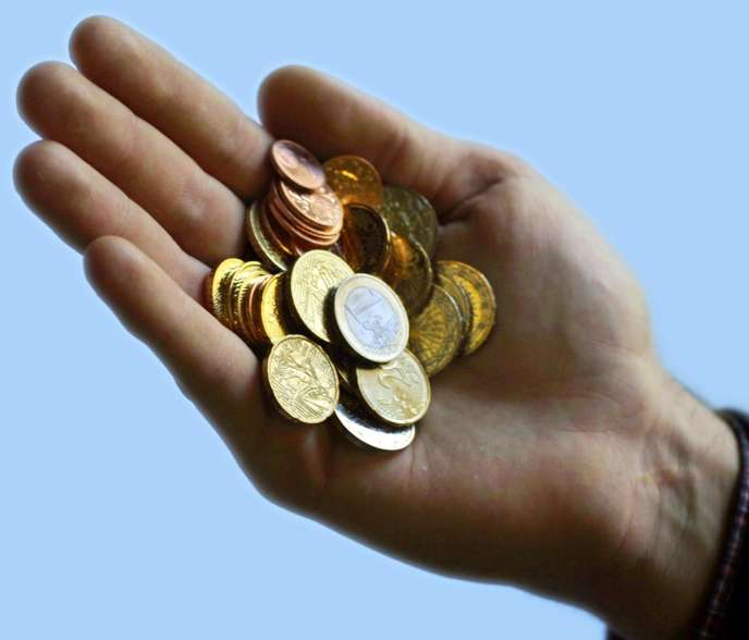 Des pièces de monnaie.