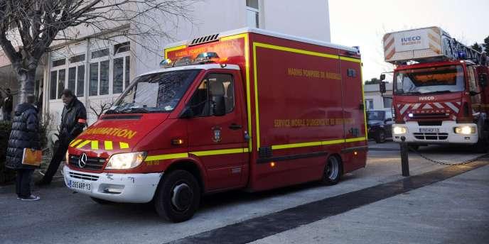 Des camions de pompiers à Marseille.