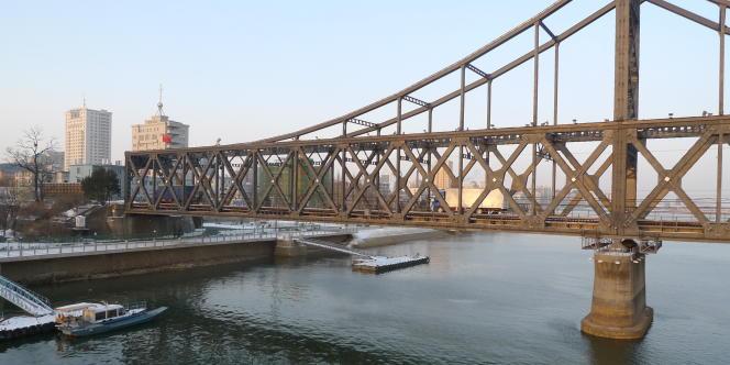 Le pont de l'Amitié, principale voie de transit de marchandises entre la Corée du Nord et la Chine.