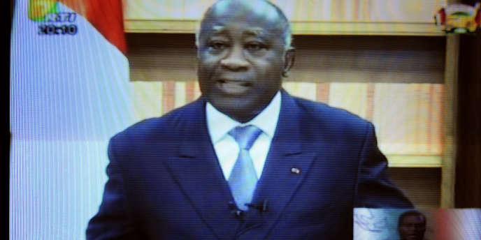 Le président sortant de Côte d'Ivoire, Laurent Gbagbo, lors de son intervention télévisée le 21 décembre 2010.