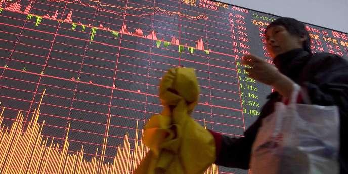 La nouvelle a fait rebondir l'euro, qui a touché son plus-haut du jour, à 1,3168 dollar.