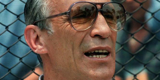 Enzo Bearzot, sélectionneur de l'équipe d'Italie de football, de 1975 à 1986.