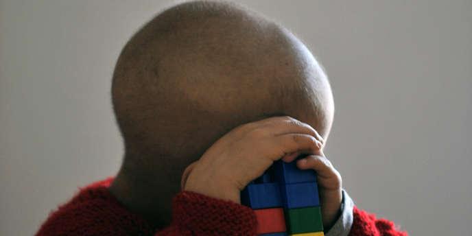 Un enfant atteint du cancer, en 2010.
