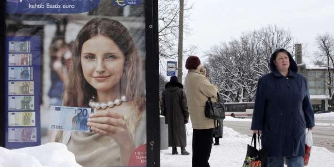 Le 1er janvier 2010, 1,3 million d'Estoniens adoptent la monnaie européenne.