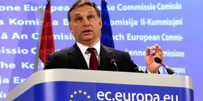 Le premier ministre hongrois Viktor Orban lors d'une conférence de presse à Bruxelles, le 17 novembre 2010.