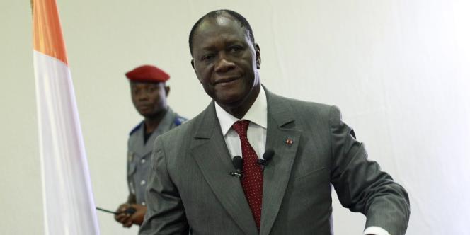 Alassane Ouattara, le 6 janvier, dans son QG à Abidjan.