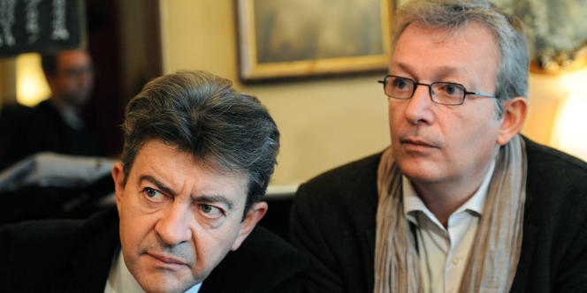 Jean-Luc Mélenchon et Pierre Laurent lors d'une conférence de presse à Paris, le 21 octobre 2010.