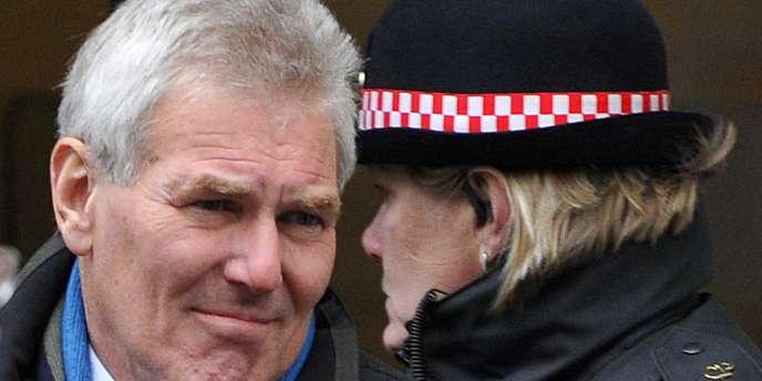 David Chaytor quitte le tribunal de Londres, le 3 décembre.