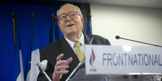 Jean-Marie Le Pen lors de son discours de vœux à Paris, le 6 janvier 2011.