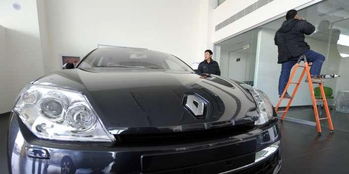 Dans une concession Renault à Pékin, le 10 janvier 2011.