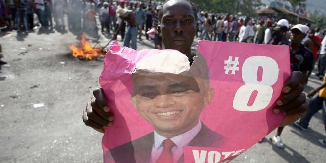Un partisan de Michel Martelly, en décembre à Petion-Ville.