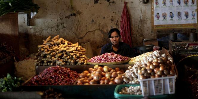 Sur un marché de Djakarta, en Indonésie.