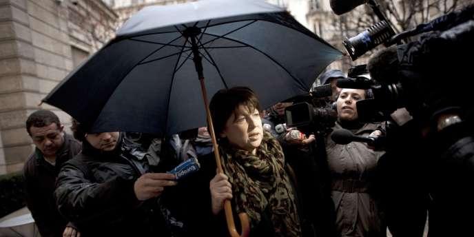 La première secrétaire du Parti socialiste, Martine Aubry, arrive au siège du parti, le 11 janvier, à Paris.
