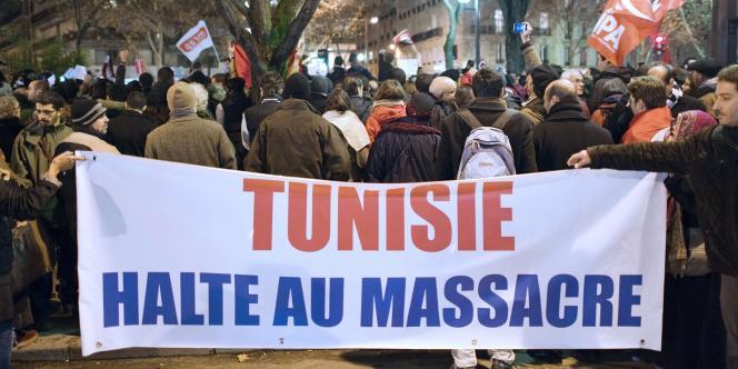 Manifestation contre la répression en Tunisie à Paris, le 11 janvier 2011.