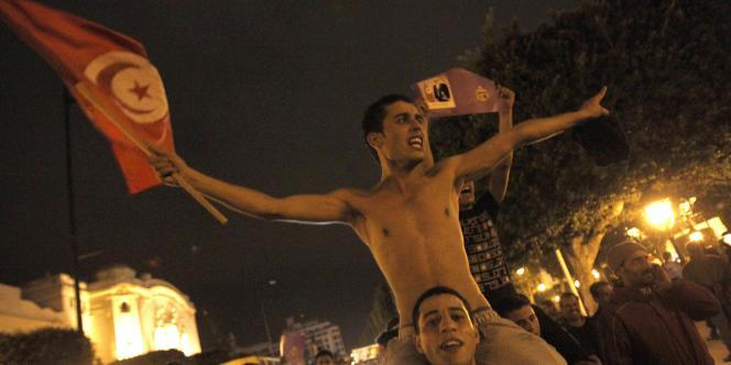 Des supporteurs de Ben Ali ont manifesté dans les rues de Tunis, jeudi soir, après le discours du président.