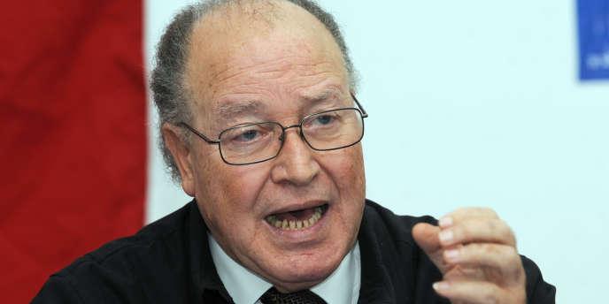 Paraphé le 1er juin par Mustapha Ben Jaafar, le président de l'Assemblée nationale constituante (ANC), le texte aborde la dernière ligne droite de son parcours.