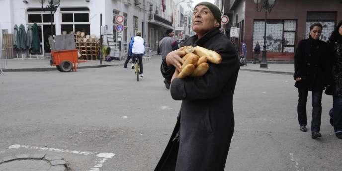 Dans le centre de Tunis, lundi 17 janvier.