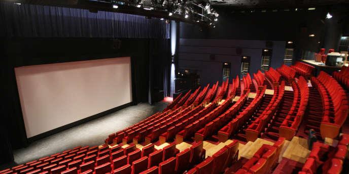 Le Réseau alternatif de diffusion (RADI) permet à 250 salles d'art et d'essai de proposer à chaque séance un film court précédant le long.