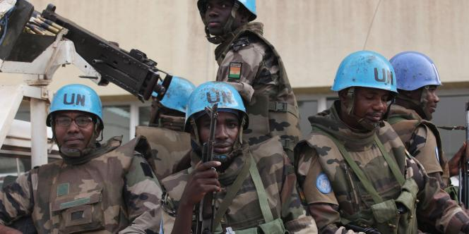Des soldats nigériens de l'Onuci, à Abidjan, le 4 janvier 2011.