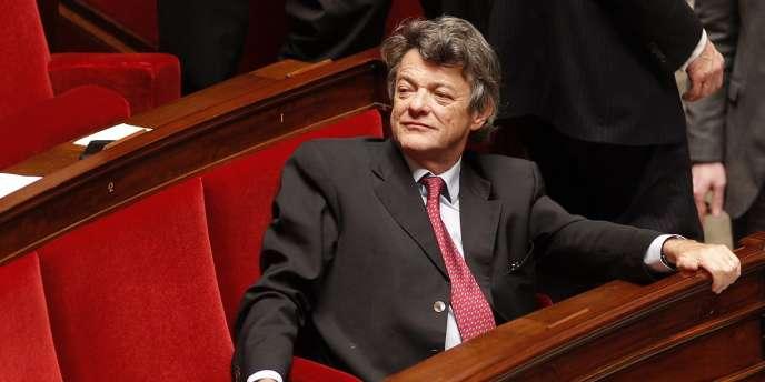 Jean-Louis Borloo à l'Assemblée nationale à Paris, le 12 janvier 2011.