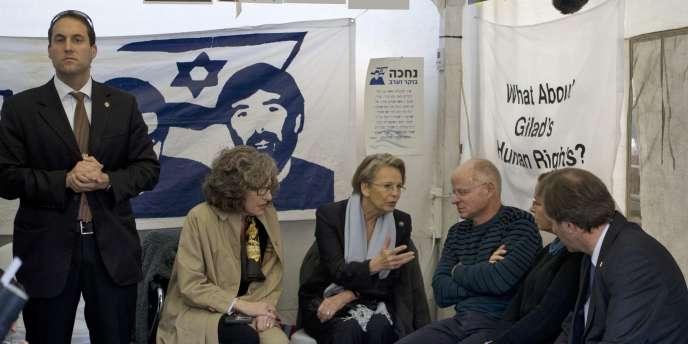 Mme Alliot-Marie a rencontré Noam Shalit, jeudi 20 janvier 2011, à Jérusalem.