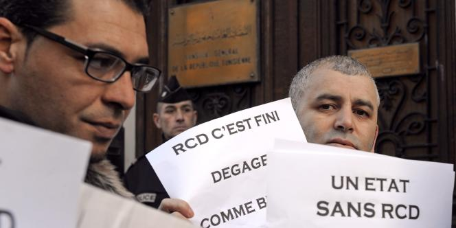 Manifestation devant le consulat de Tunisie à Marseille, le 20 janvier.