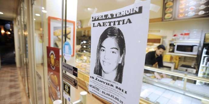 Un appel à témoin concernant la disparition de Laetitia Perrais, affiché  le 22 janvier sur la porte d'une boulangerie de Pornic.